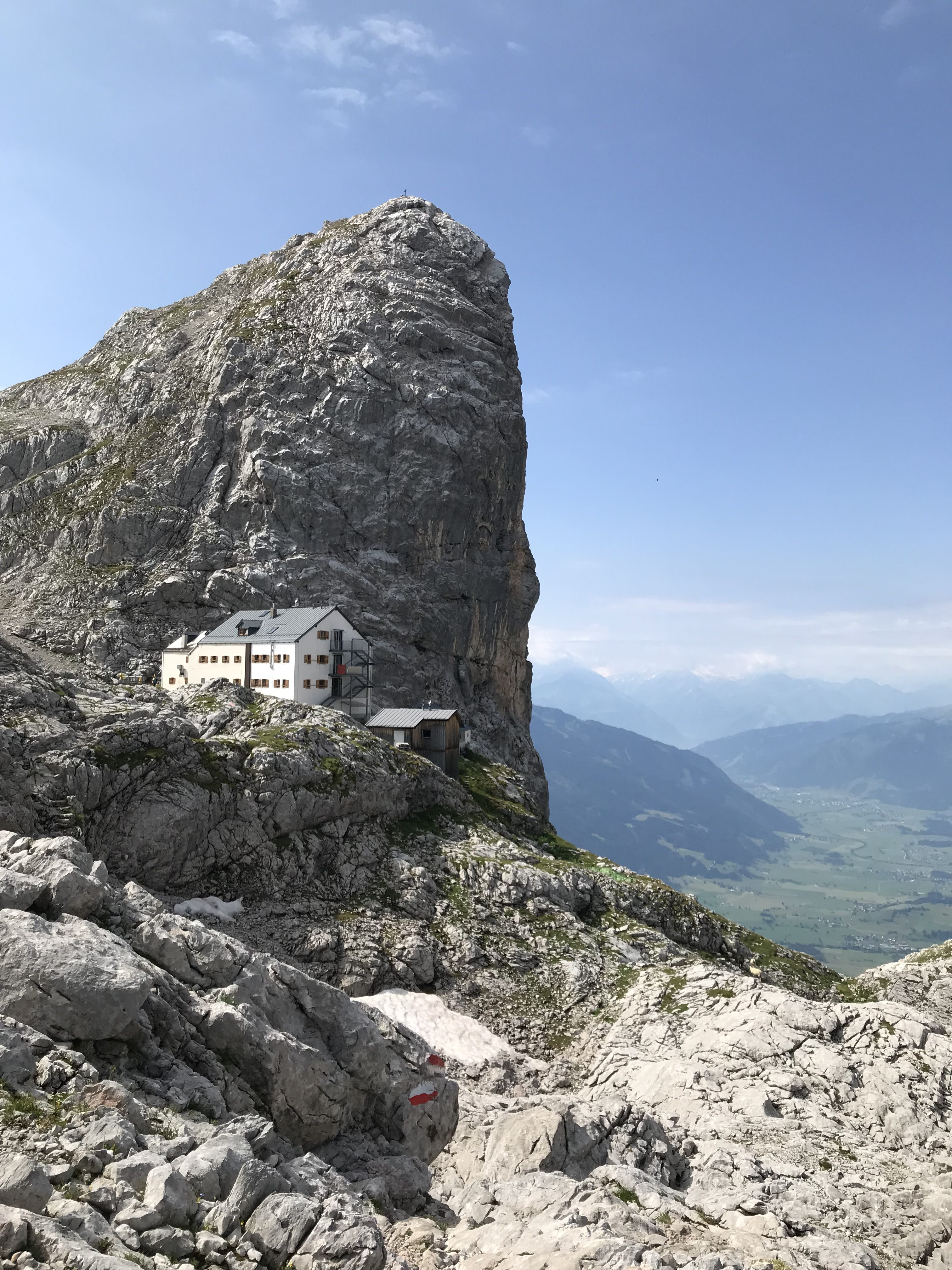 Das eindrucksvoll gelegene Riemann-Haus